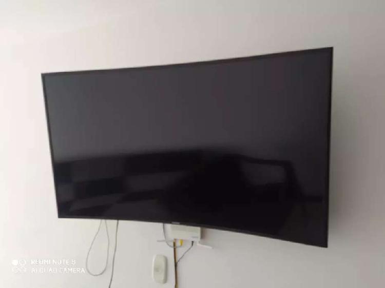VENDO TV SAMSUNG LED 3D CURVE DE 55 PULGADAS.