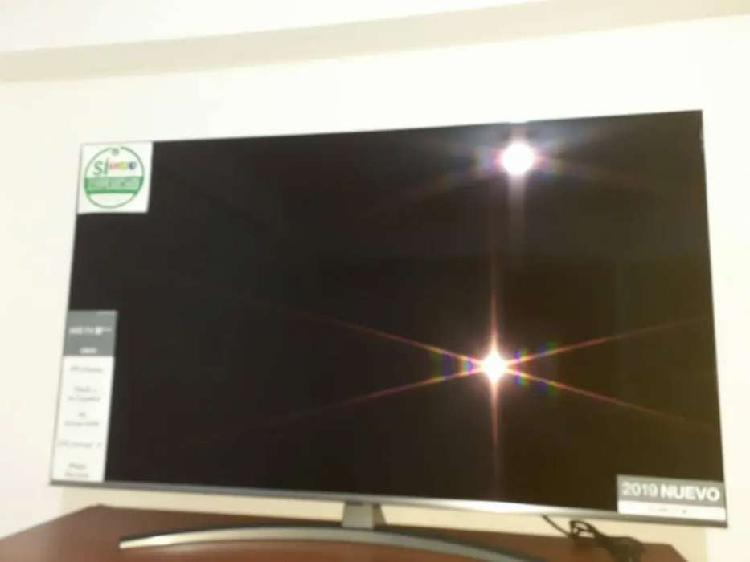 Vendo smart tv marca GL 4k de 55 pulgadas control magico