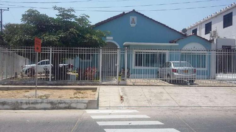 Casa en Venta Santa Ana. REMODELADA Y DE ESQUINA