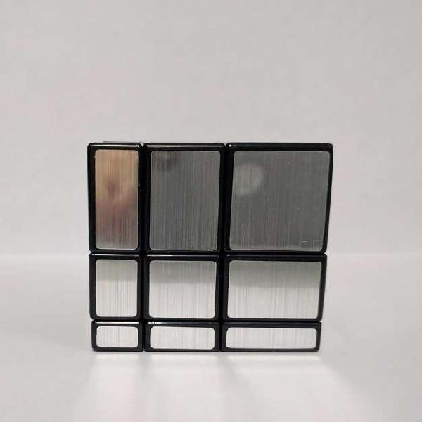 Cubo Rubik 3x3 Mirror Cyclone Boys Plateado. Movimientos