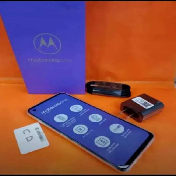 Vencambio Motorola One Action como nuevo