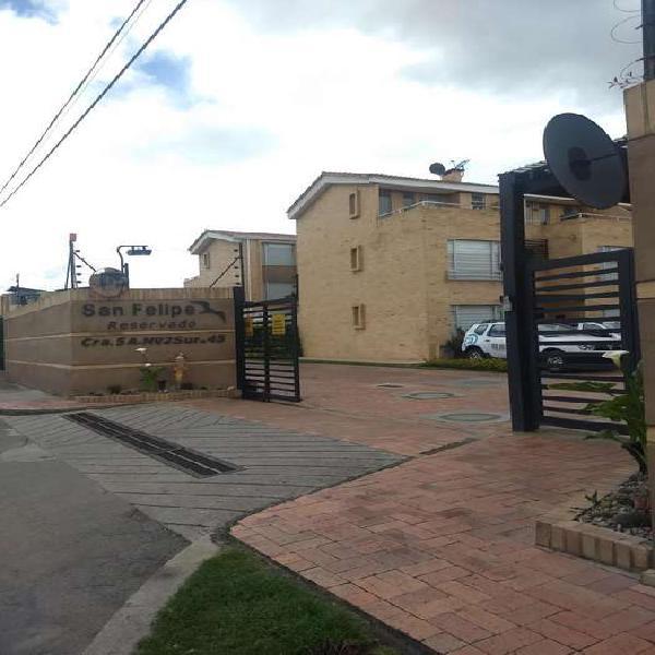 Casa En Venta En Chia San Felipe Reservado CodVBKAS3873
