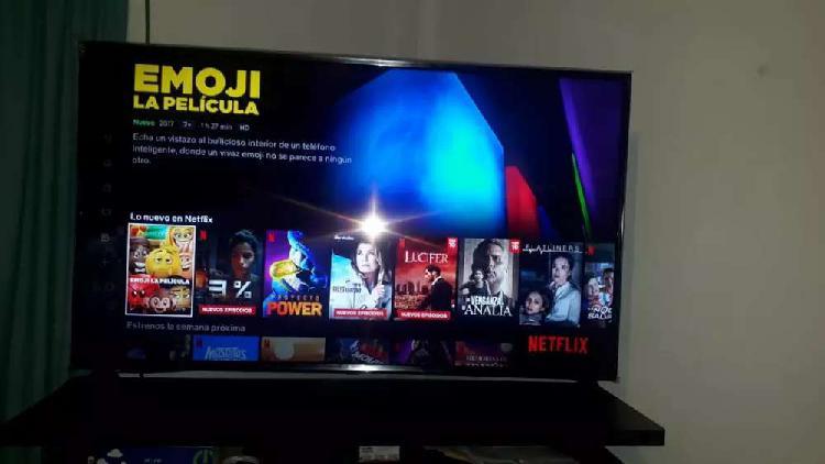 Se cambia tv 4k de 49 . a play 4 fat mas tv de menor valor