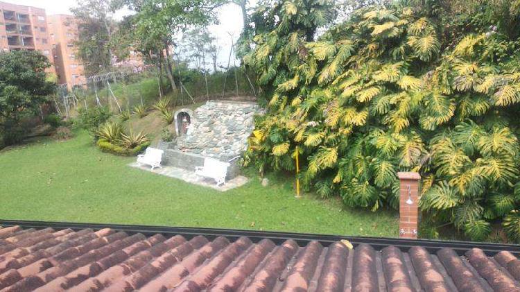 Casa En Arriendo En Envigado Guadalcanal CodABSUR_29590