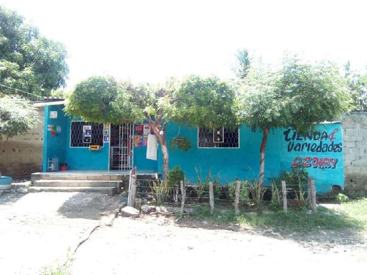 Casa en venta Santa Marta con dos habitaciones y aire