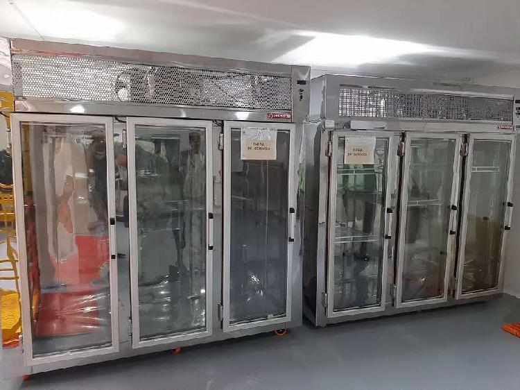 Vendo dos congeladores de tres puertas como nuevas