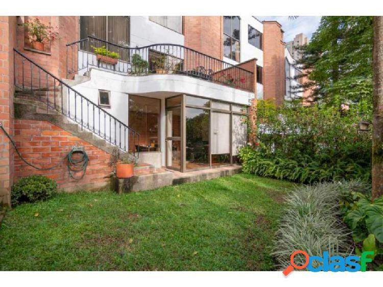 Casa en venta de 249 m2 Los Balsos El Poblado Medellin