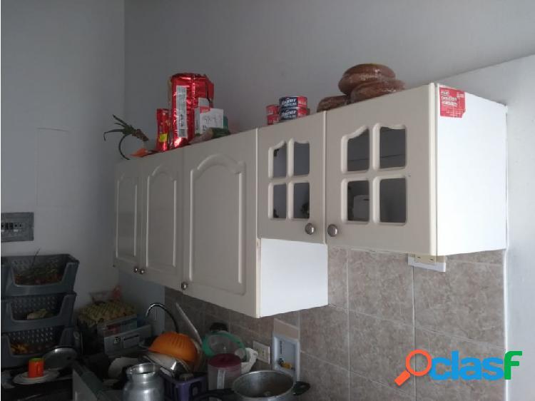 Se vende apartamento en Calasanz