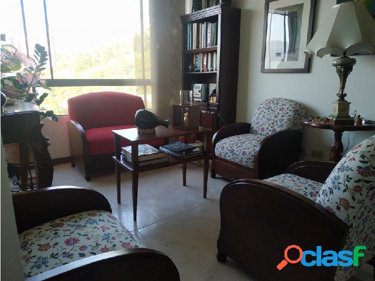 Venta de Apartamento en El Poblado Av Palmas