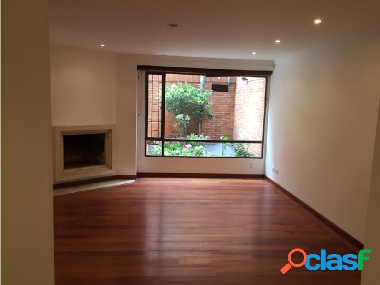 Apartamento duplex en venta ubicado en La Calleja