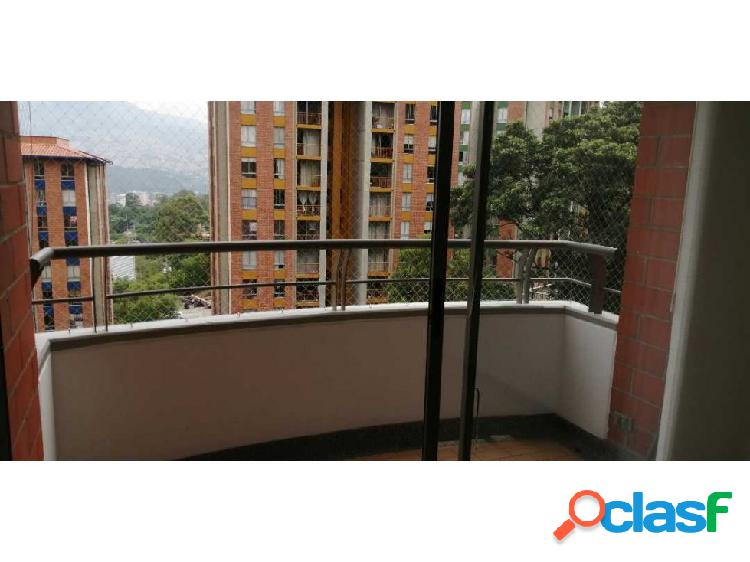 Apartamento en arriendo en la Loma del Indio, Medellín