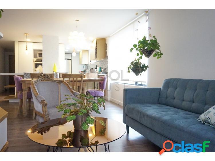 Apartamento remodelado en venta en Santa Paula