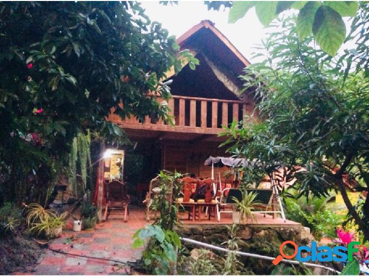 Cabaña 2 Ha con Vista a la Ciudad, Tigrera Santa Marta