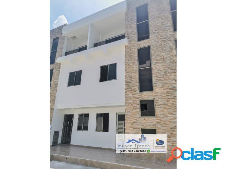 Casa En Venta, Tres Niveles, Conjunto Cerrado, Escallonvilla