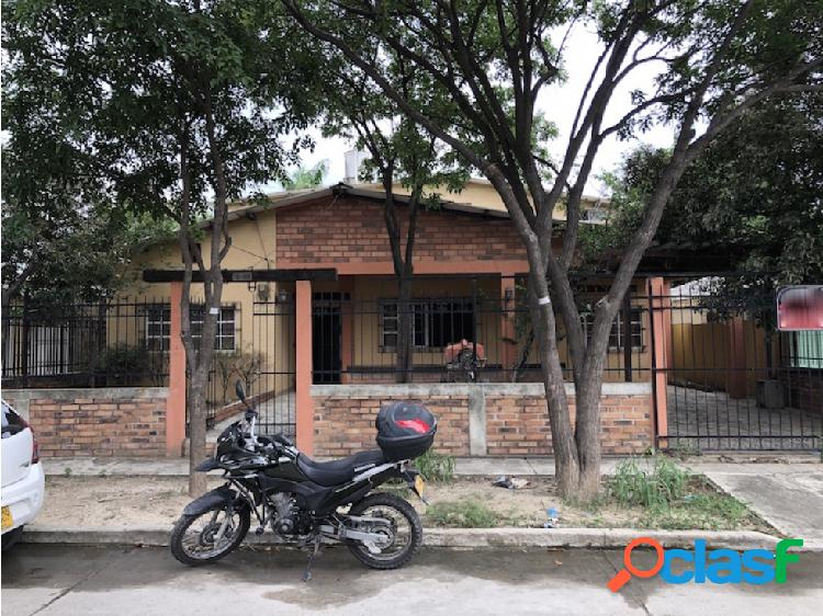 Casa amplia en venta ideal para hostal en Santa Marta