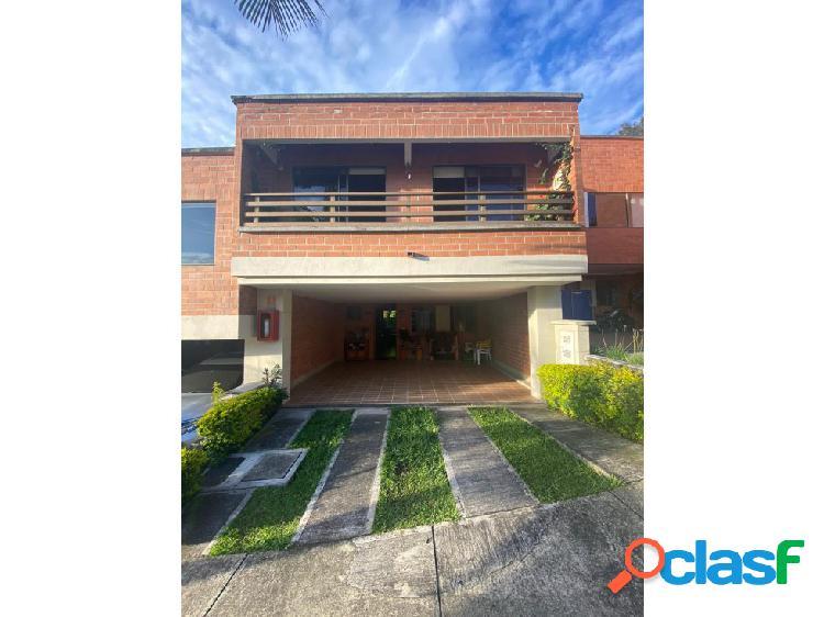 Casa en Venta, Envigado, Sector la Calleja