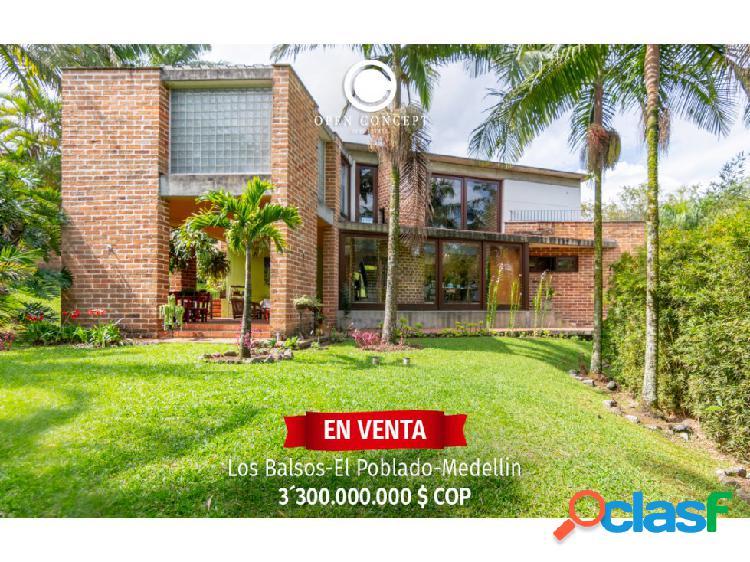 Casa en venta - El Poblado - Los Balsos.