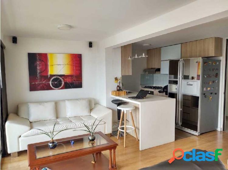 Hermoso apartamento en venta en la Loma de Los bernal