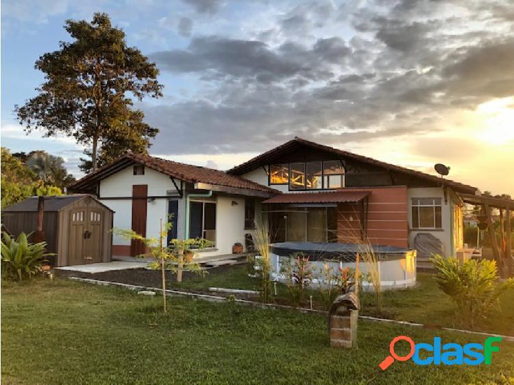 Se Vende Casa Campestre En Conjunto Cerrado Quimbaya