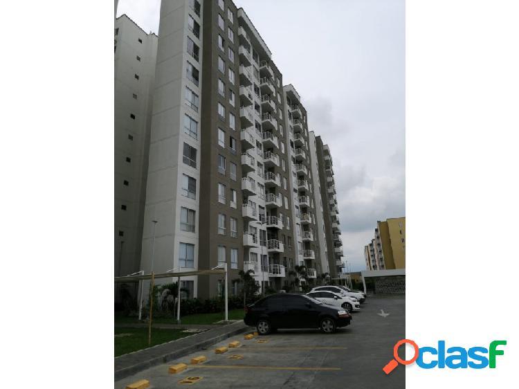 Se renta apartamento en el Conjunto residencial Laurel