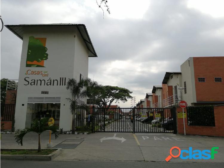 Se renta casa en el conjunto residencial Casas del Saman III