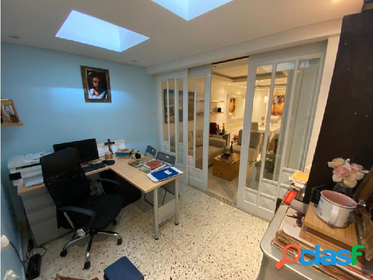 Se vende apartamento en el barrio Los Alpes