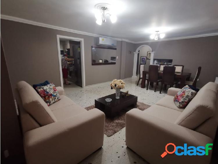 Se vende apartamento en el barrio Villa Santos