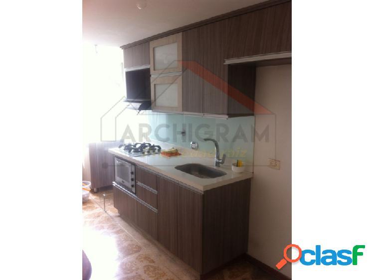 se vende apartamento Duplex en Calasanz parte baja