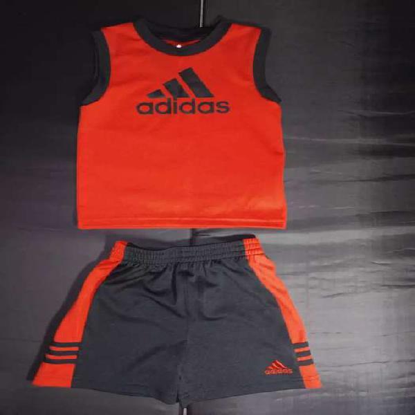Conjunto deportivo marca Adidas talla: 18 meses