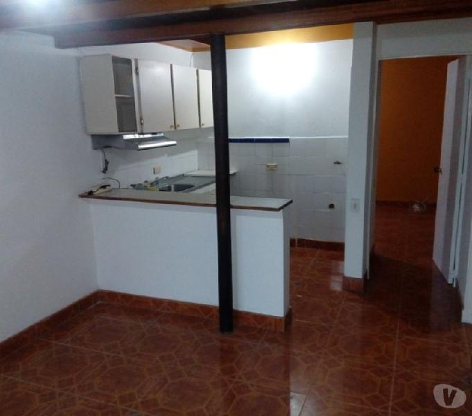 Se arrienda apartamento en el barrio Santa Mónica Medellin.