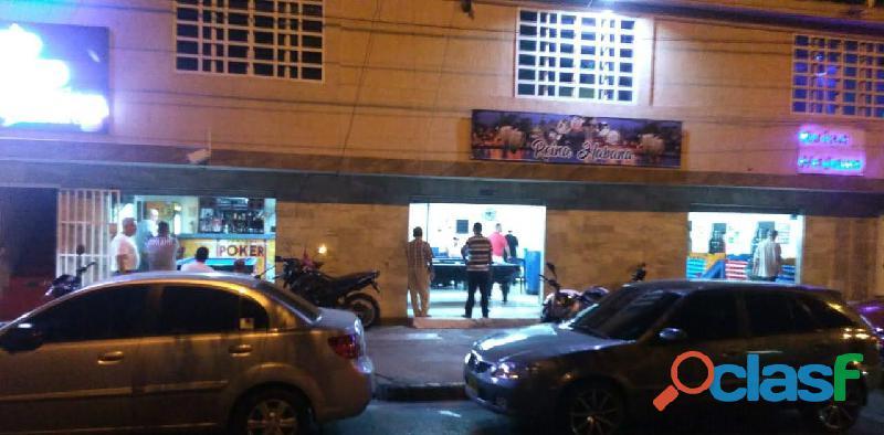 Vendo Club de billar y juegos de sapo