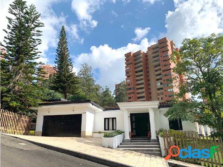 Venta Casa con piscina, ubicada en Los Balsos Poblado,