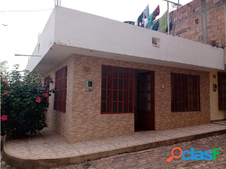 Casa con plancha para segundo piso