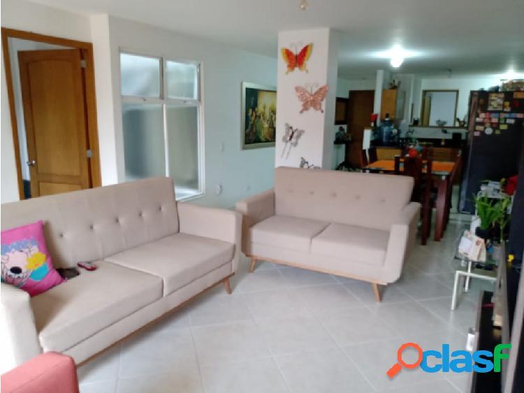 Se vende apartamento en Sabaneta, Alcázares