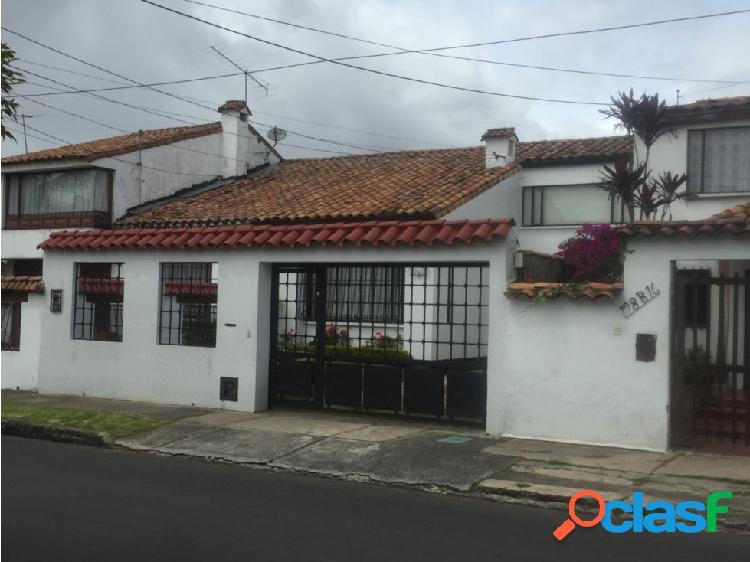 Venta casa barrio Las Villas, Bogotá