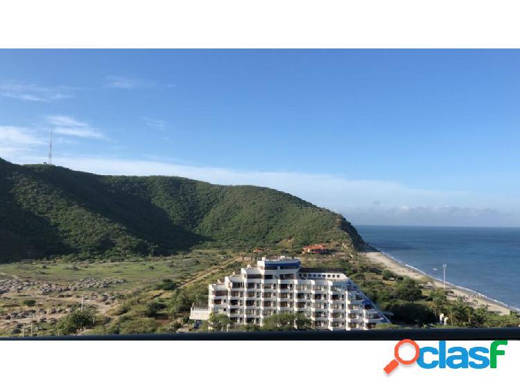 Lindo apartamento en exclusivo sector Playa Salguero - 005