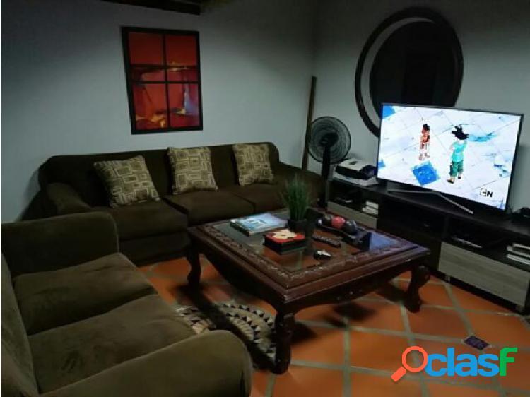 Se vende apartamento en el barrio Alto Prado