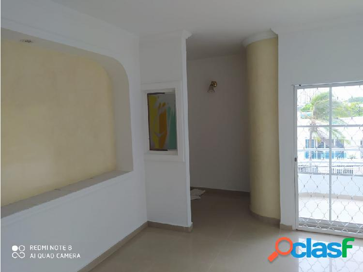 Se vende apartamento en el barrio Las Mercedes