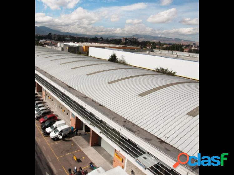 ARRIENDO OFICINAS DESDE 480 a 1140 m2 COMPLEJO LOG. SAN