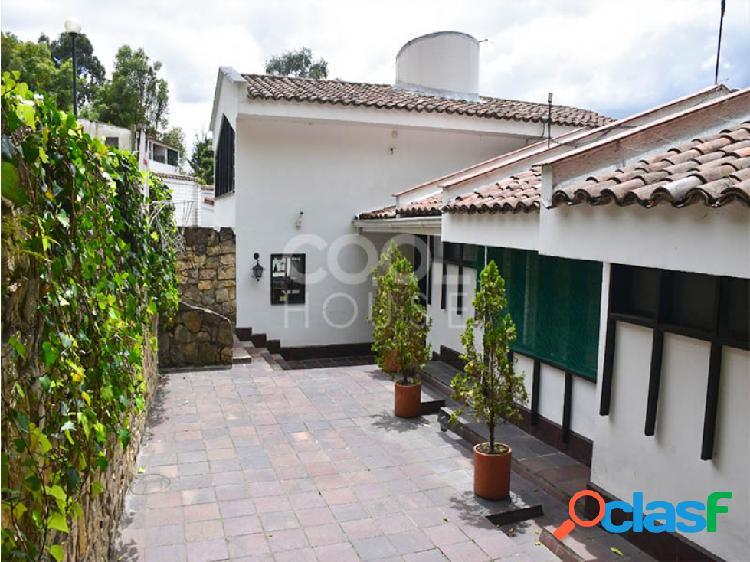 Casa con Terraza en venta o arriendo en Altos de Suba