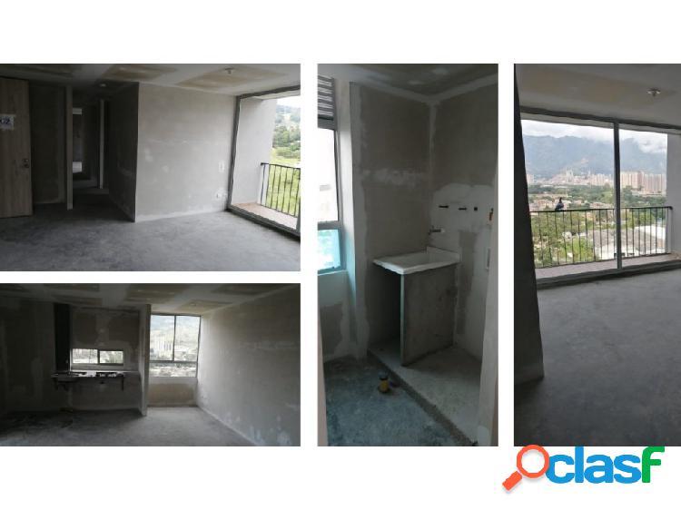 Venta de Apartamento en Copacabana, Loma de Los Duque.