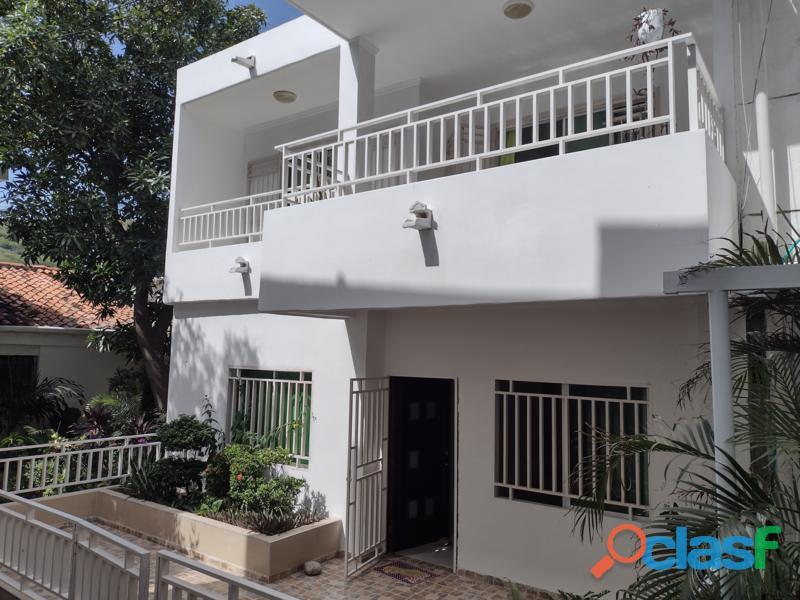 Casa de 2 Pisos en el Rodadero, Santa Marta