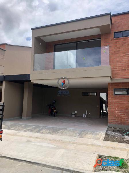 Casa para venta en San Antonio de Pereira 3867